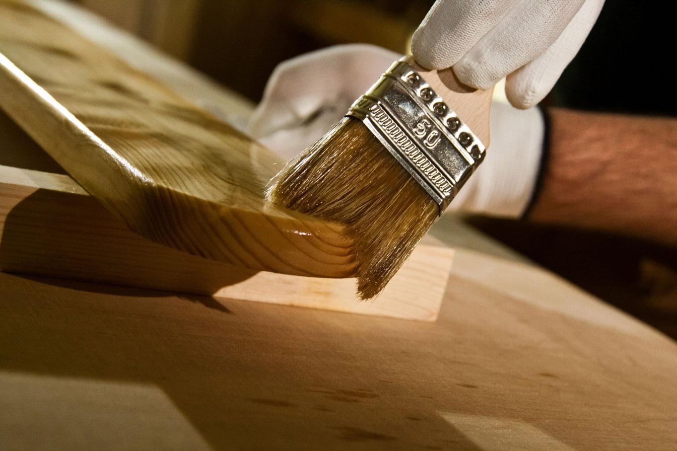 Покрытие дерева полиуретановым герметиком - Крепком