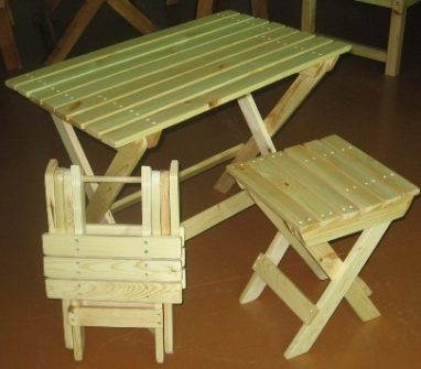 Как сделать складной столик на балкон своими руками?