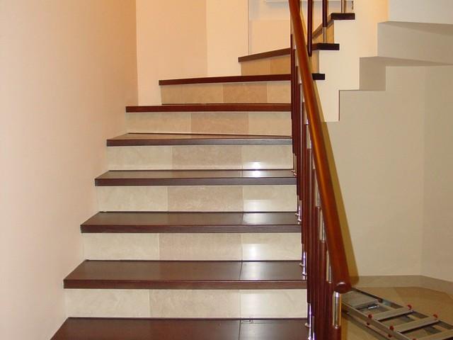 Деревянная лестница своими руками видео фото 287