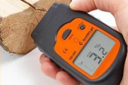 Определение влажности древесины при помощи влагомера
