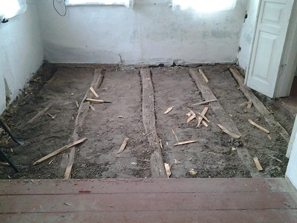 Замена деревянного пола по грунту